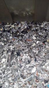 Metalen gescheiden na het shredden